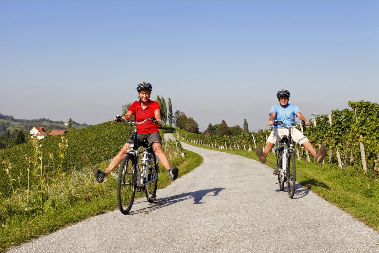 Weinland Steiermark Radtour im Naturpark Südsteiermark (c) Steiermark Tourismus Hummer
