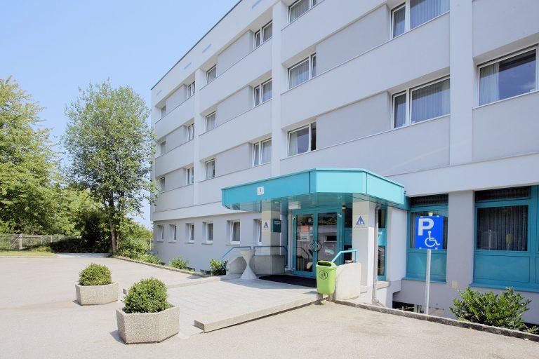 Außenansicht Jugendgästehaus Linz